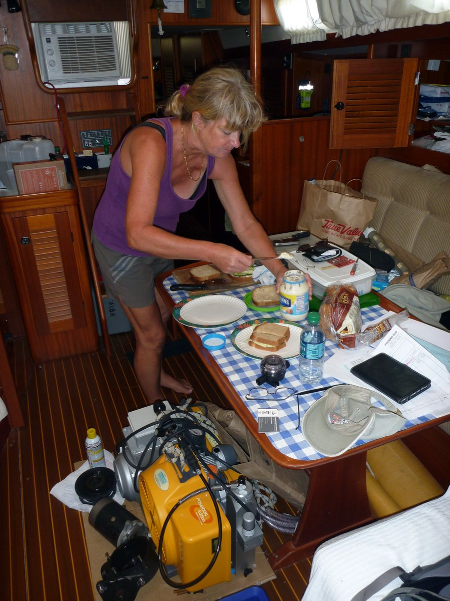 Glenys makes lunch in trying conditions
