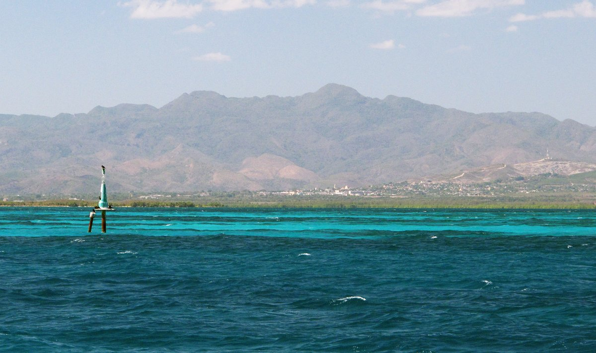 Reef and Mountains, Trinidad, Cuba